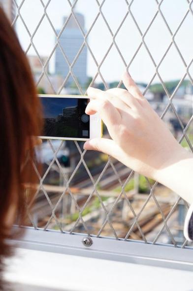 スマートフォンで写真2