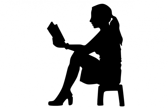 woman-with-bible-814163_1280